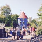 フィンランドのムーミンワールドで海水浴
